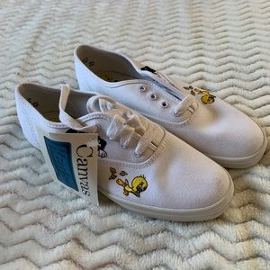 Vintage Keds White Looney Tunes Canvas Shoes  sz 6